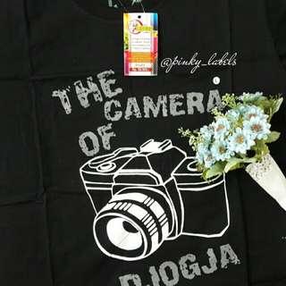 Kaos hitam size L camera of Djogja