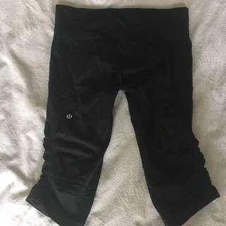 Lululemon size10 three quarter pants
