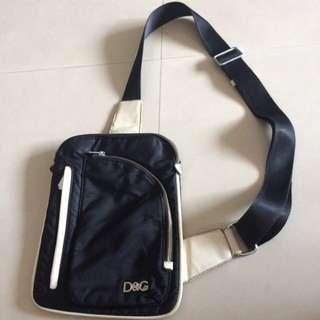 D&G古著斜背包