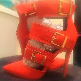Brand New Never Worn Heels Size 7