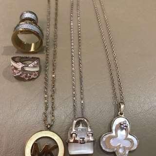 Assorted Jewelries