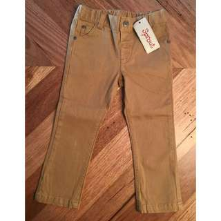 BNWT boys Sprout skinny jeans in caramel, size 2