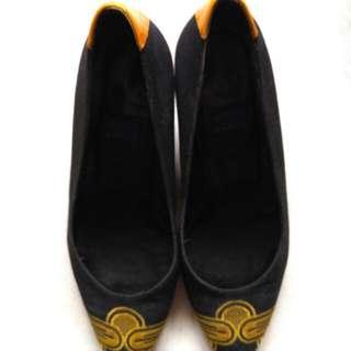 Authentic Norma J Baker Black Shoes