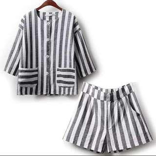 條紋套裝 上衣外套+短褲