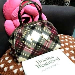 Vivienne Westwood 格仔袋