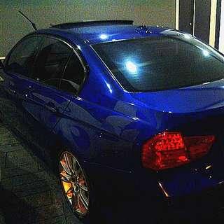CONTINUE LOAN BMW E90 325i M-Sport with sunroof