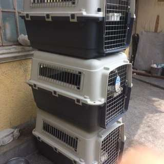 Dog 🐶 crate good for travel