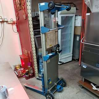 NOVA Italy Manual stacker