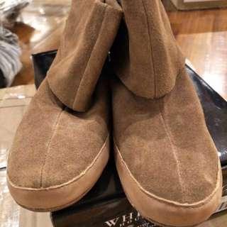 🚚 專櫃 雞皮短靴 原價2690元
