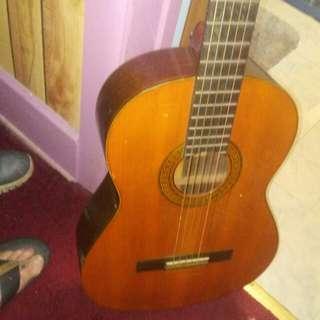 Acoustic guitar excellent shape