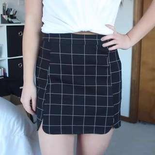 Brandy Melville Checkered Mini skirt