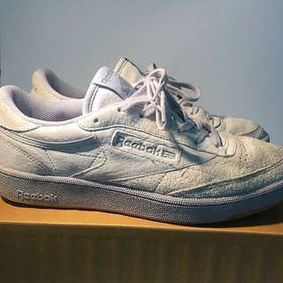 Almost NEW Reebok Club C TG UK8 Vintage Sneakers