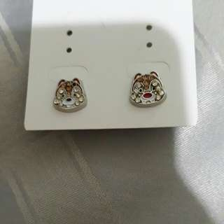 Disney chipmunk earrings