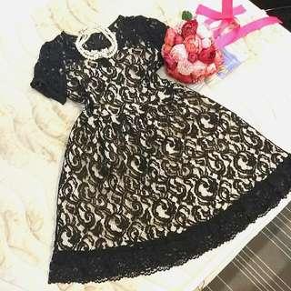 So nice M號 黑色 蕾絲 洋裝