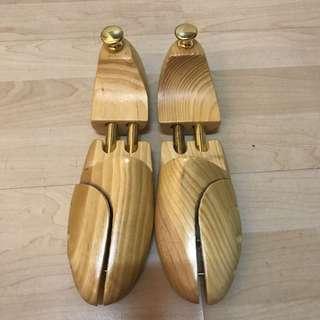 含運實木 鞋撐