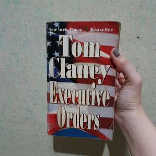Executive Orders (by Tom Clancy)