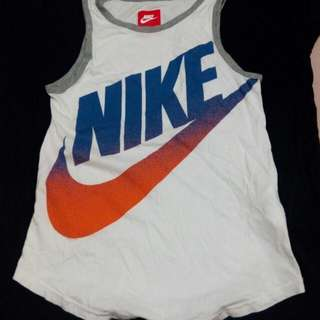 Nike大童背心