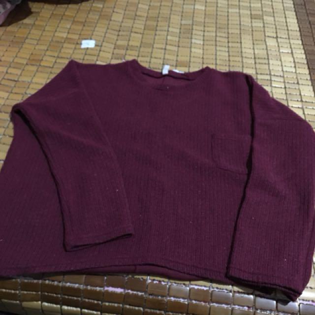 酒紅色前口袋針織毛衣上衣
