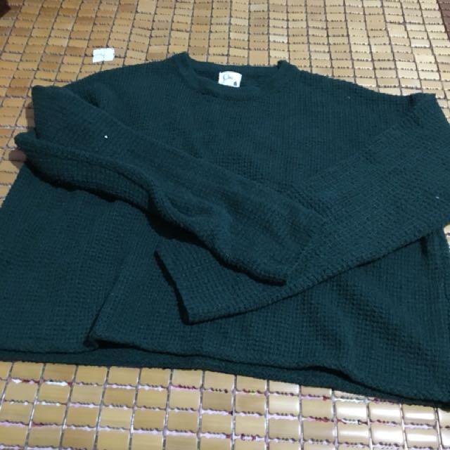墨綠色短版針織毛衣上衣
