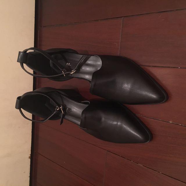 Pancake 韓店購買 黑色氣質皮跟鞋款 24.5可穿