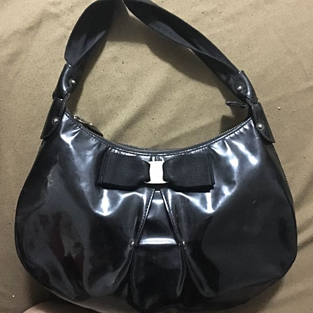 AUTHENTIC Ferregamo BAG