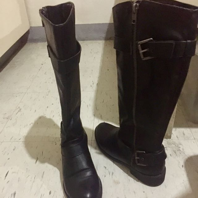 Black leather riding boots size 7