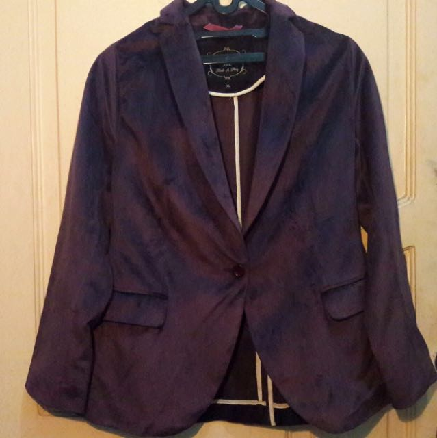 Blazer color purple