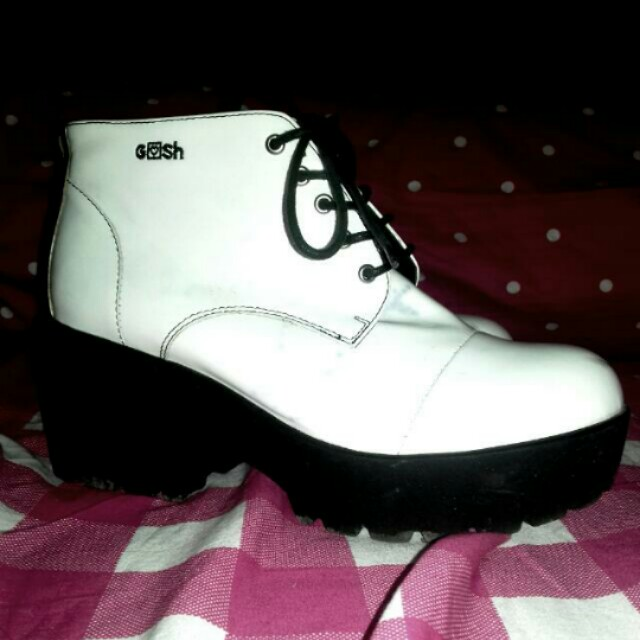 Boots Gosh
