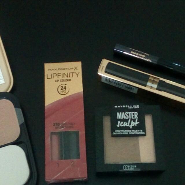 Brand new make-up