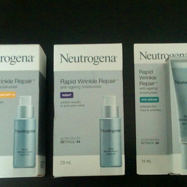 PRICE DROP! Was $180 now $100 Brand new make-up & skin care products