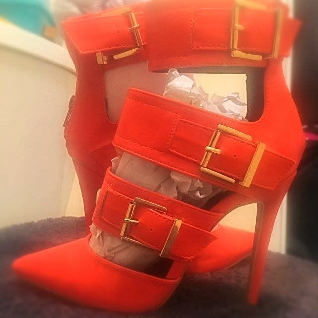 Brand New Never Worn Heels Size 7