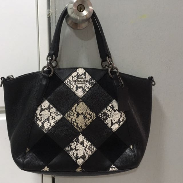 315ce80ad12b COACH small kelsey to letgo, Women's Fashion, Bags & Wallets on ...