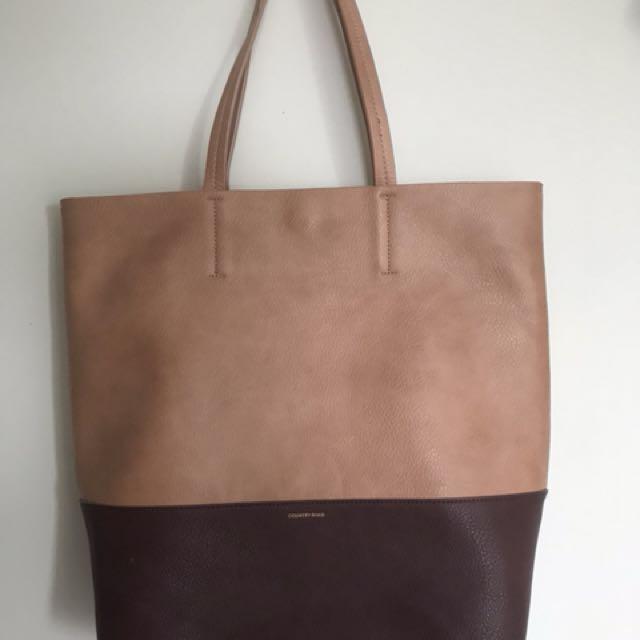 Country Road Shoulder Bag
