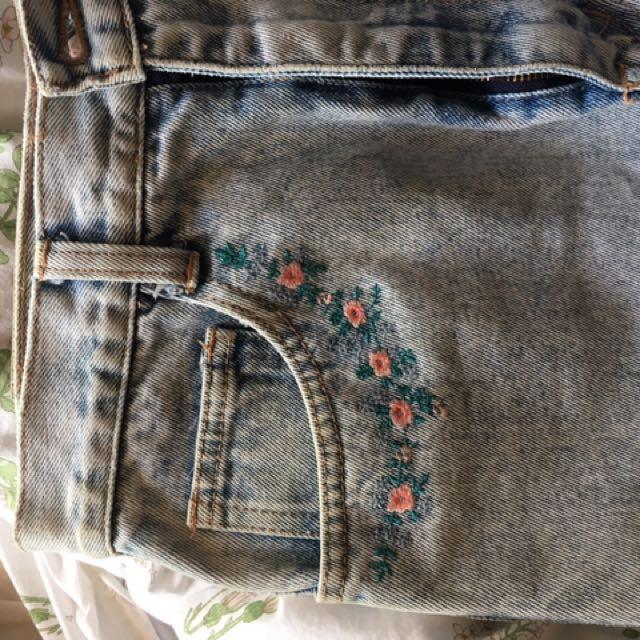 denim midi skirt embroidered size 8