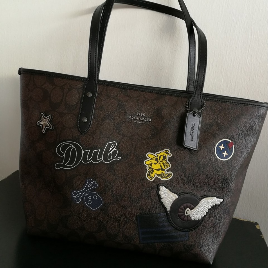 47eb182d9f343 ... best price f11800 coach city zip tote in signature coated canvas with varsity  patches black antique ...