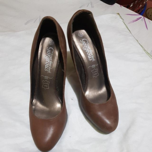 Leather Upper Shoes  Size 6