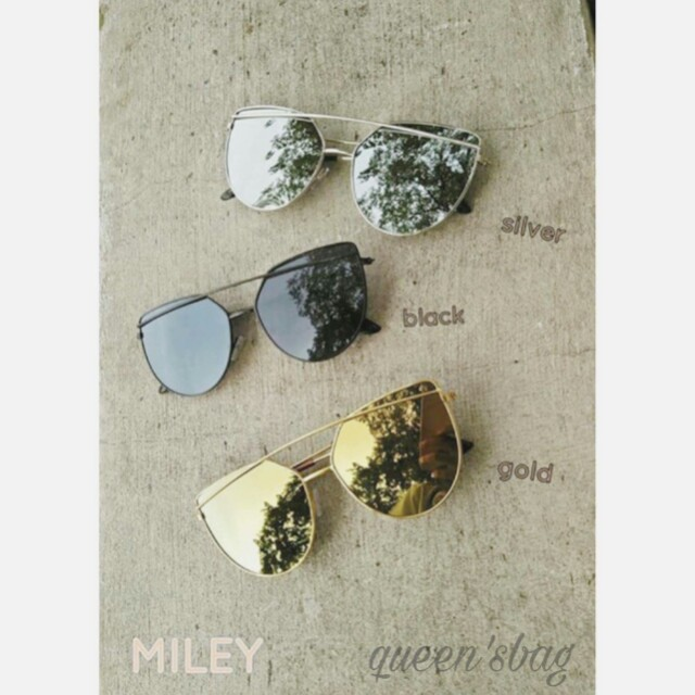 Miley Specs