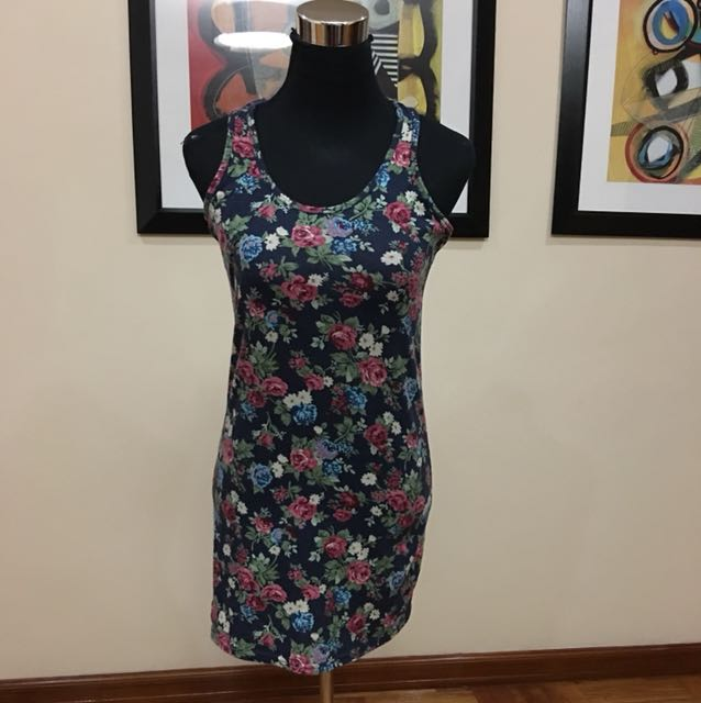 Nava fitted floral dress