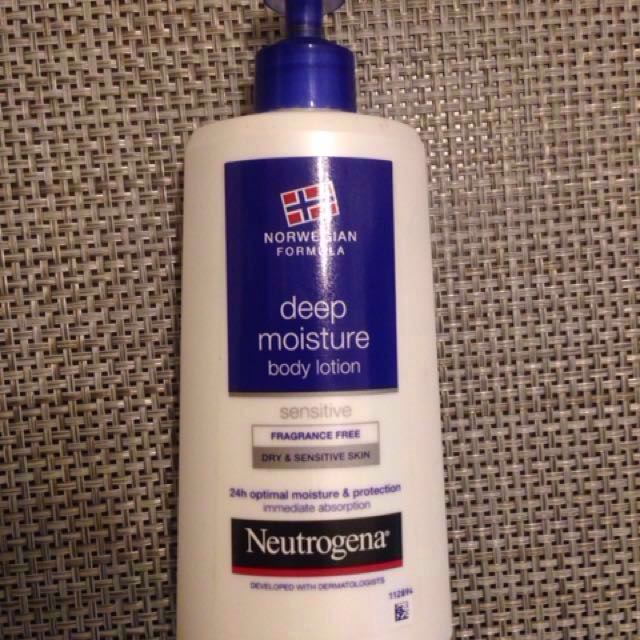 Neutrogena Norwegian Formula Lotion for Sensitive Skin