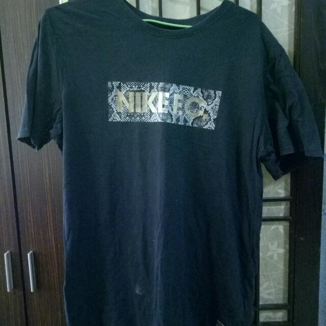 Nike棉質休閒上衣