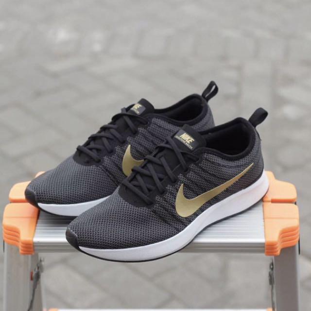 hot sale online a5934 9edfe Nike dual tone racer black gold, Men's Fashion, Men's Footwear on ...