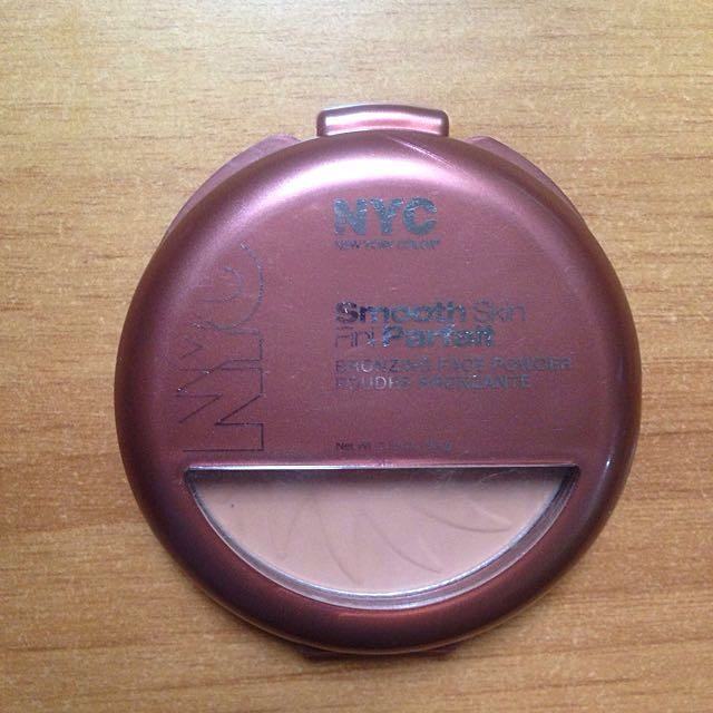 NYC Smooth Skin Bronzer Face Powder Sunny