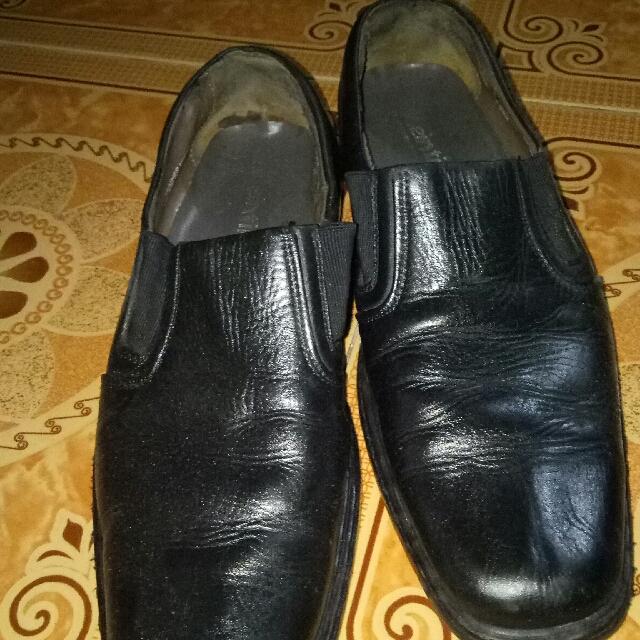 pantopel sepatu kerja zeintin no 42