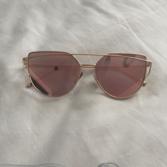 Rose gold reflective sunglasses