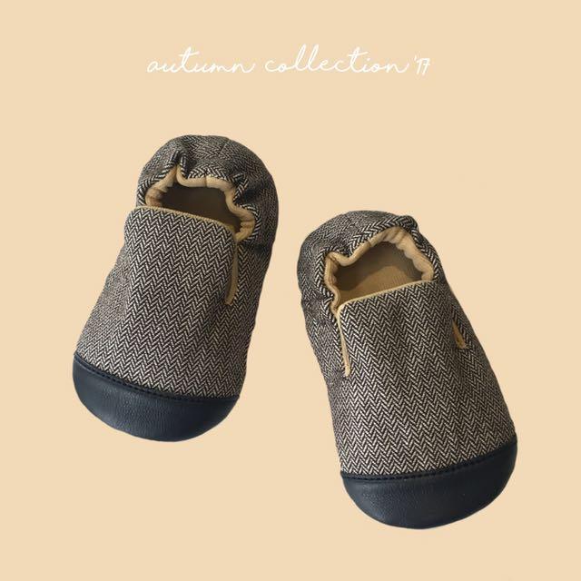 SAM - handmade baby shoes