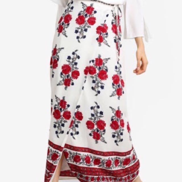 Skirt / rok panjang / floral pattern skirt