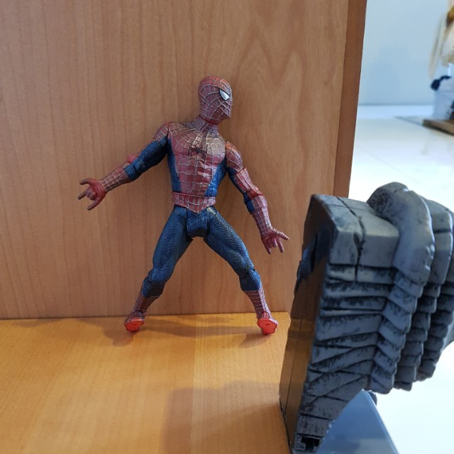 Spider Man super Posealer, Toys & Games, Toys on Carousell