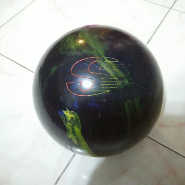 Storm Bowling Ball (Eraser Burn Carbide)
