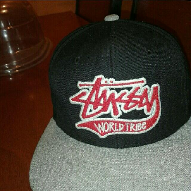 Stussy Cap X starter brand, Condition 8-10, May Konting Tear Sa Tongue Left Side, Medium Size Snap Back