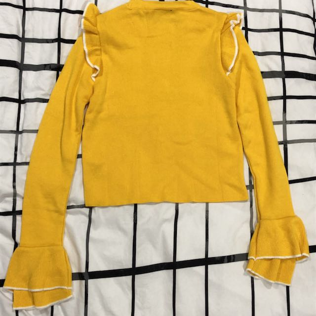 TOPSHOP BRIGHT YELLOW FRILLY LIGHTWEIGHT KNIT TOP
